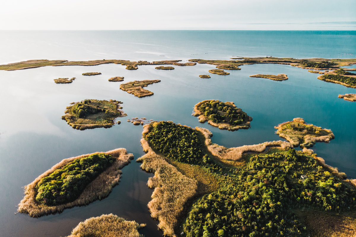 Estonia has a total of 2,222 islands and a large part of the smaller islands and islets are located in the coastal waters of Saare- maa. An ideal place for ornithology fans and fishing enthusiasts. Photo: Priidu Saart
