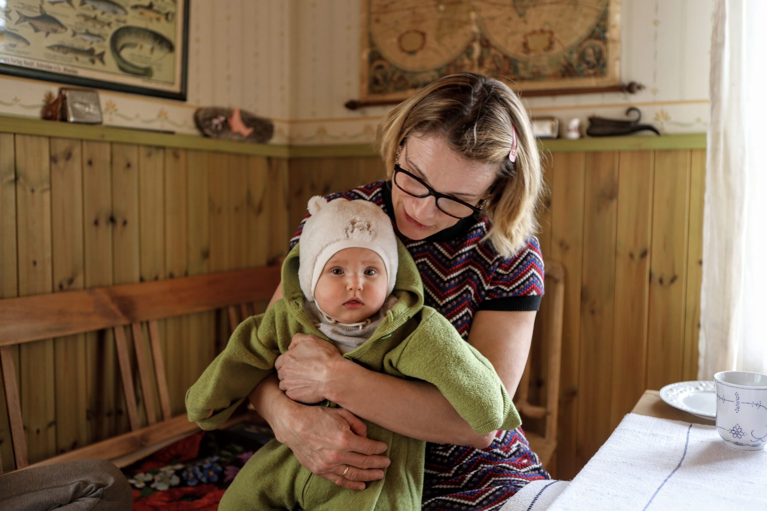 Perenaine Eva-Lisa esimese lapse-lapse Iidaga.