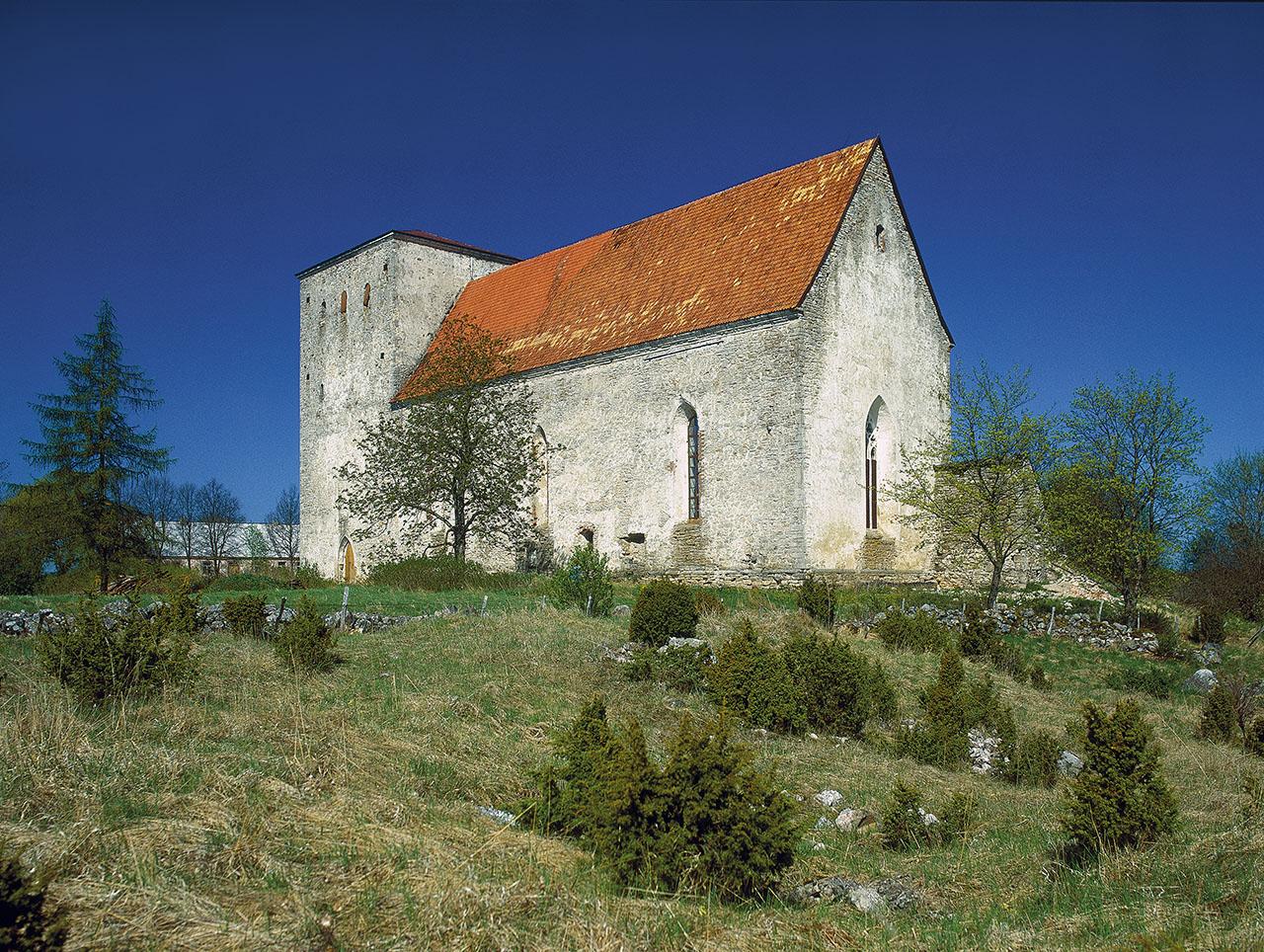 St. Mary's Church in Pöide. Photo: Peeter Säre