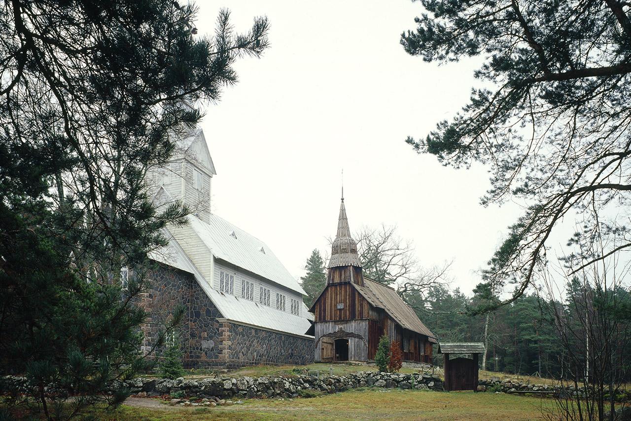 Ruhnu Church The oldest wooden church in Estonia. Photo: Peeter Säre