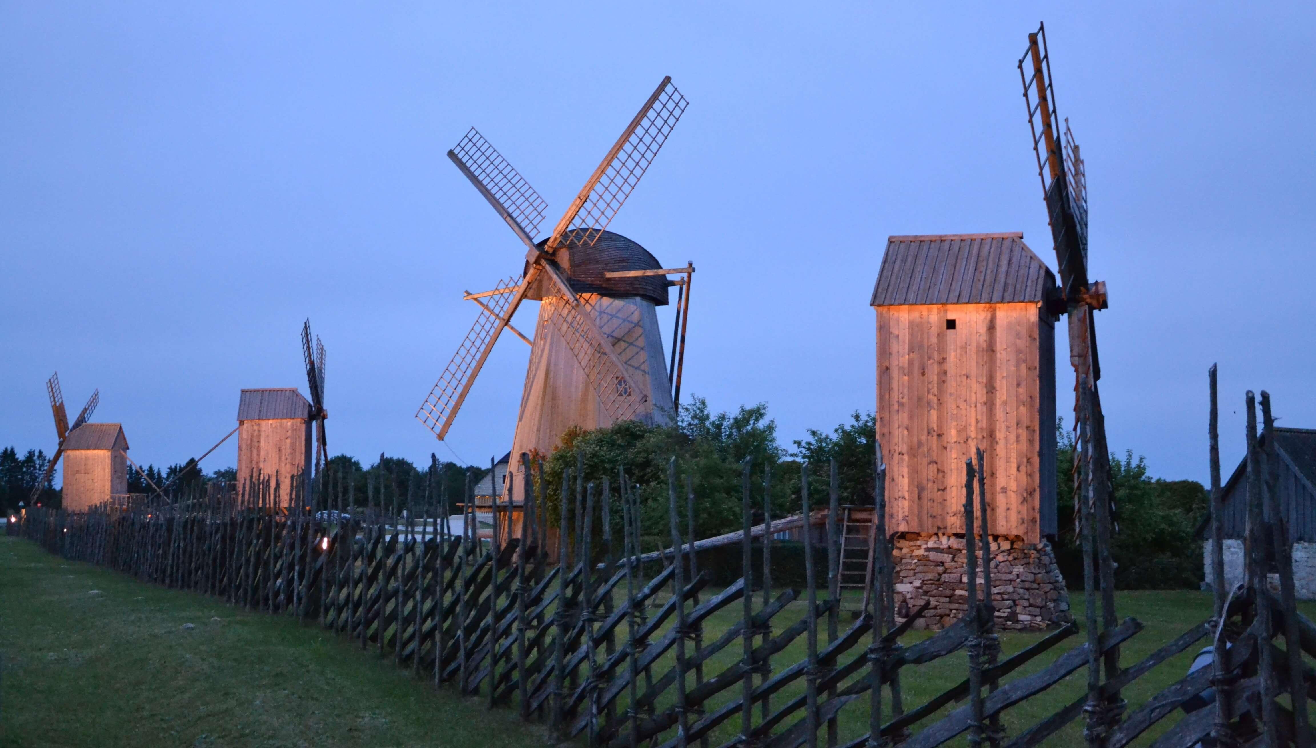 Angla tuulikumägi on üks peatuspunkt ümbermaailmareisile saaremaale