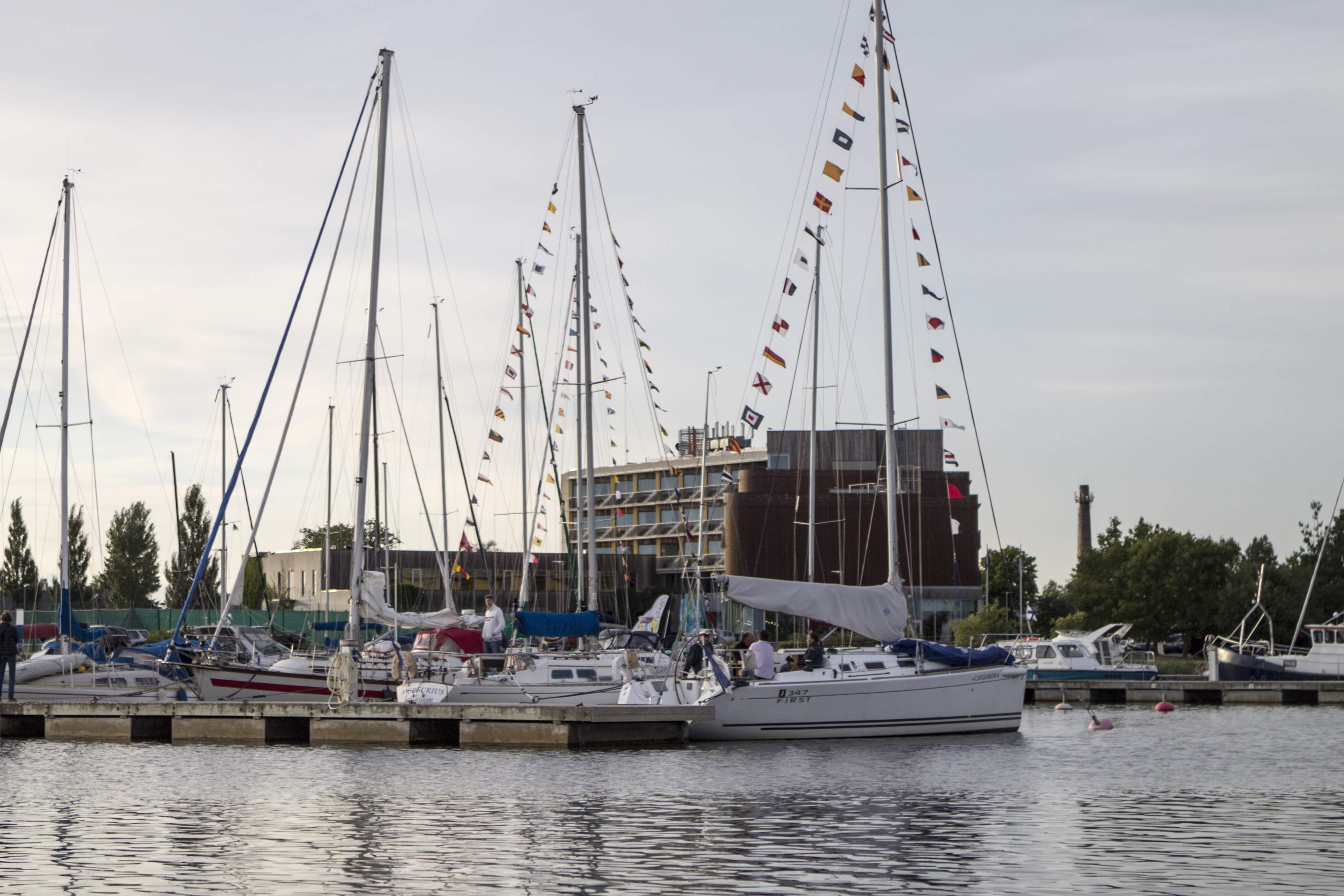 How to get to Saaremaa by yacht?