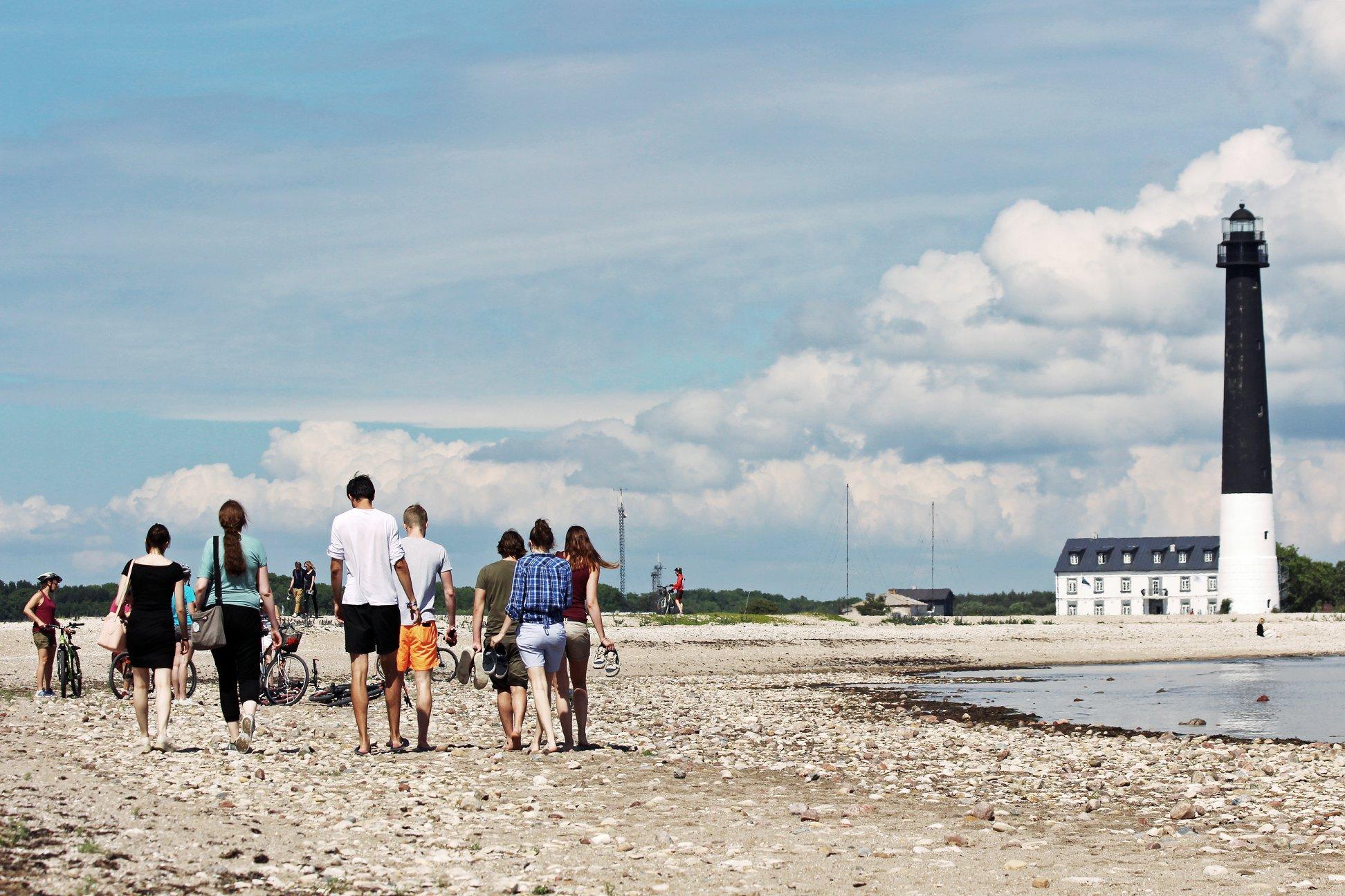 Sõrve tuletorn ja külastuskeskus Saaremaal