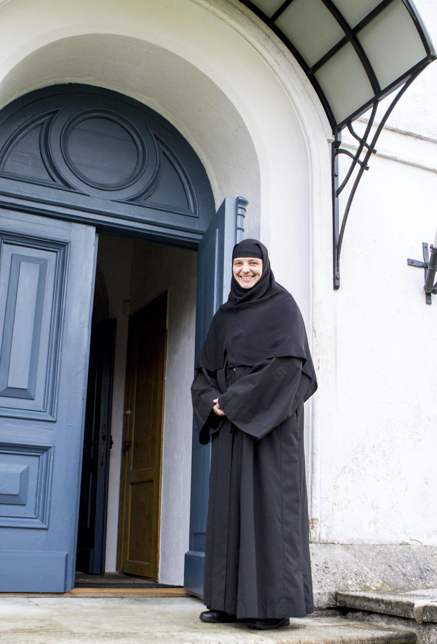 Nunnakloostris Reomäel võtavad nunnad kõik külalised lahkesti vastu