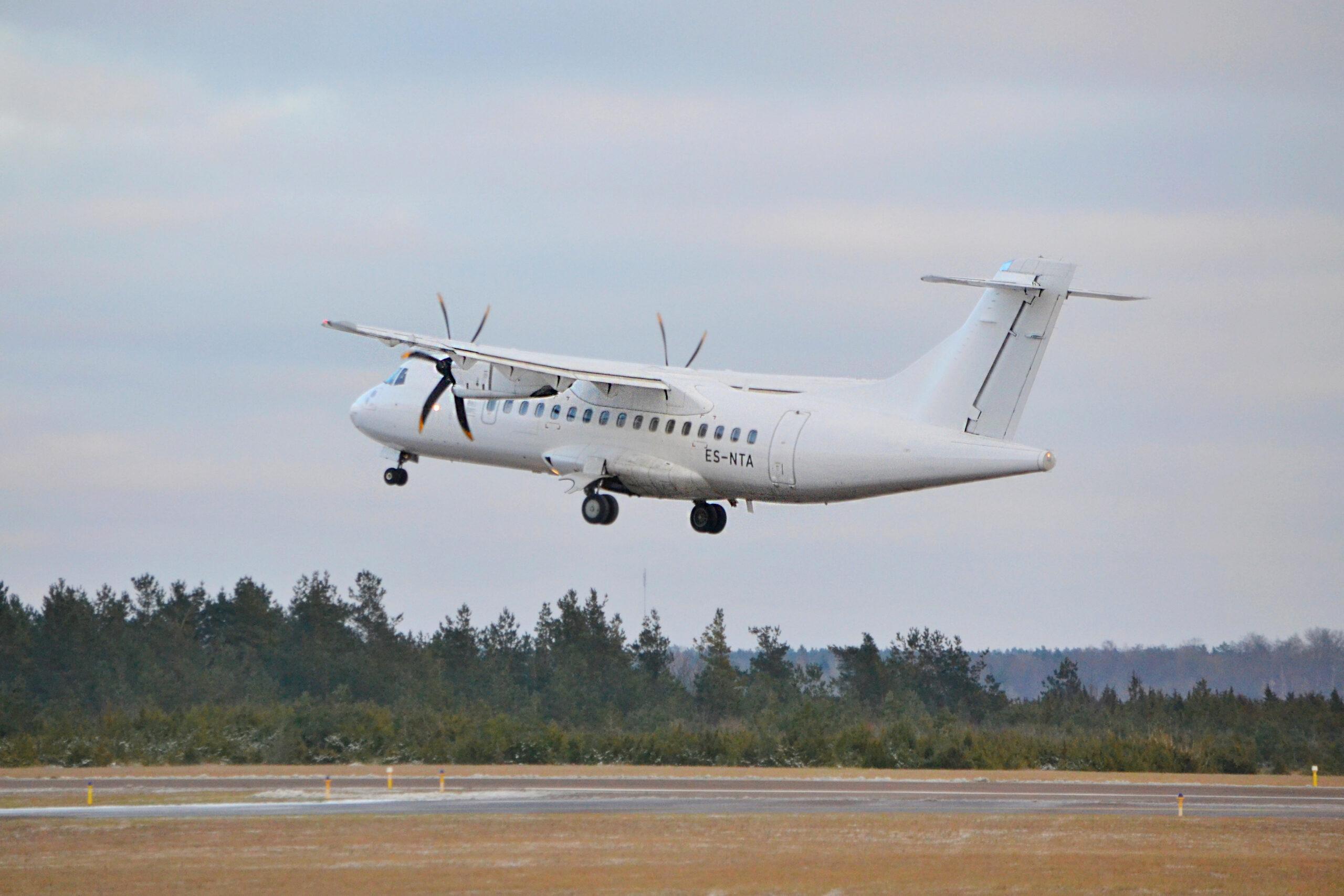 Saaremaa transport - kõige kiiremini saab Saaremaale lennukiga
